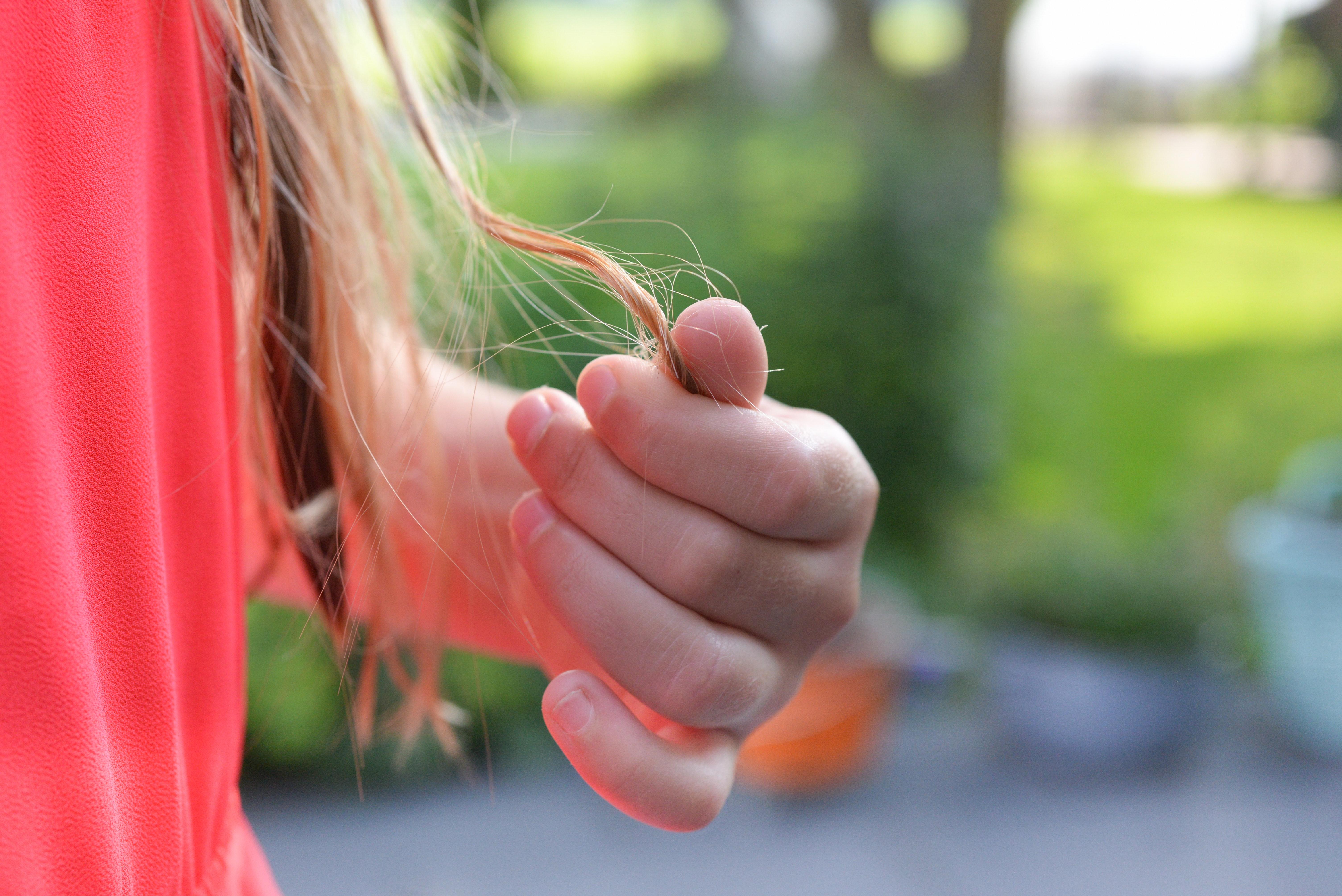 jakie hormony są odpowiedzialne za wypadanie włosów